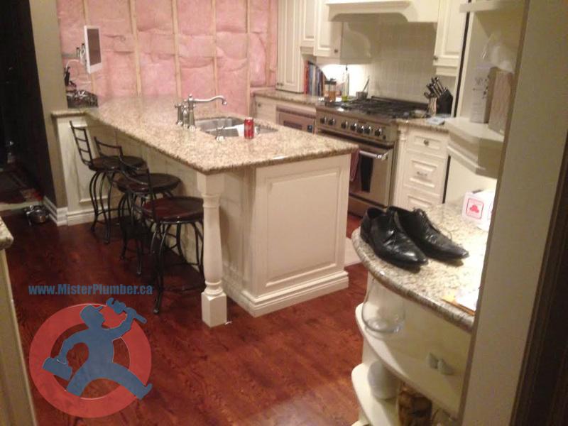 Island-kitchen-sink