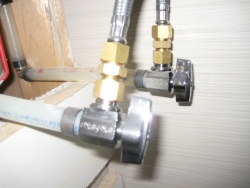 sink shut-off valves plumbing-tips
