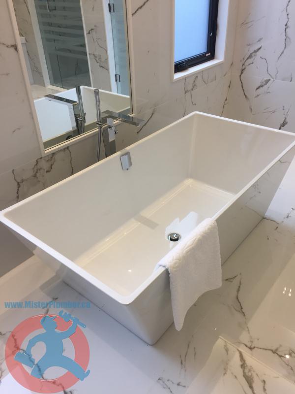 stand bathtub