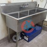 triple-compartment-sink-with-grease-trap