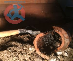 Removing-of-old-clay-pipe-s