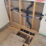 Double sink drain with dual vent s