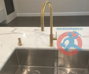 Single hole contemporary kitchen tap s