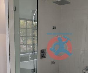 Modern shower fixtures s
