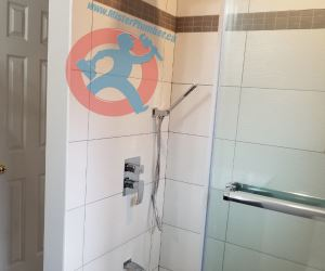Shower tap with three way diverter s