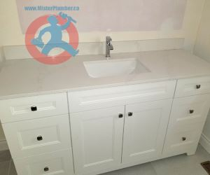 Washroom-sink-one-hole-faucet-s