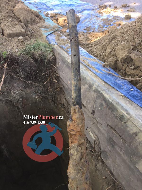 Underground galvanized water pipe disconnecting